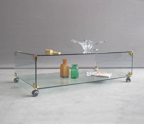 Grote Glazen Salon Tafel.Verkocht 70 S Grote Glazen Salontafel Op Wielen