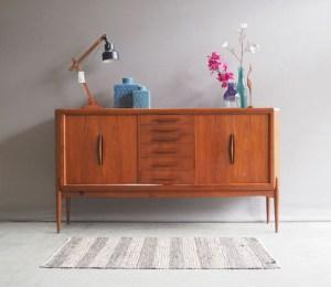Tweedehands vintage design meubelen shop for design for Design tweedehands meubelen